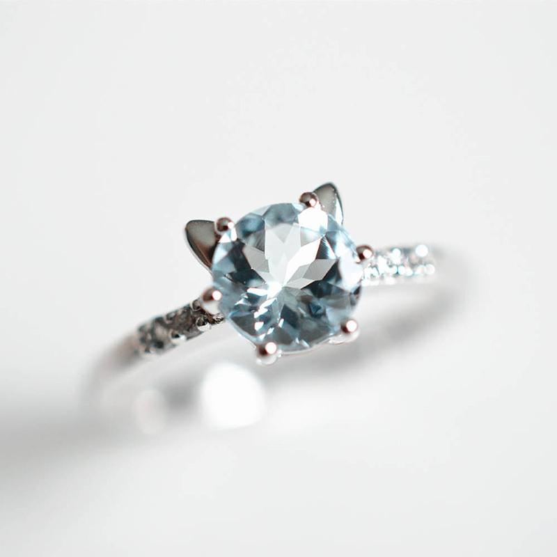 Aquamarine blue cat shaped wedding engagement ring for unique cat lover