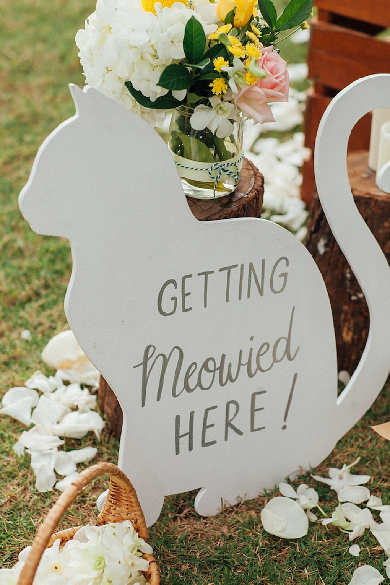 Chic and adorable Getting Meowied wedding ceremony sign for cat lover wedding day
