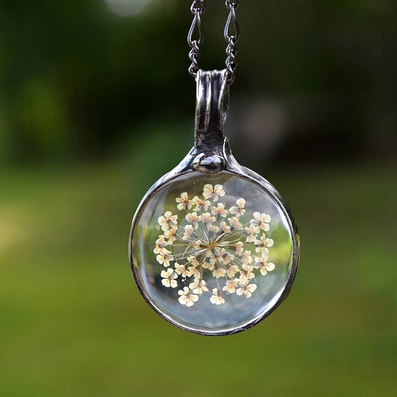Unique dried flower glass necklace for cottagecore bridesmaid for a beautiful wedding gift