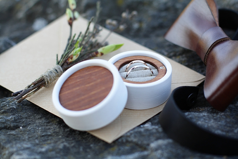 Wood and fabric wedding ring box for two rings