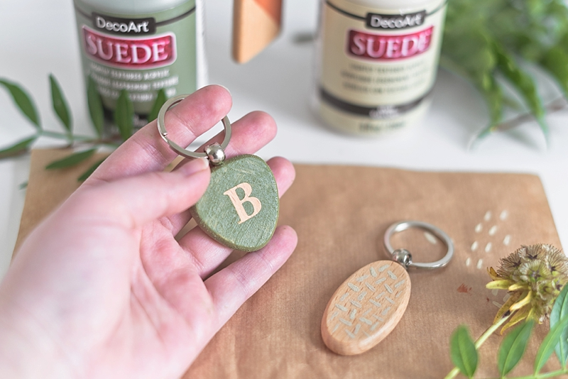 Painting techniques for using DecoArt suede paint on wedding DIY projects