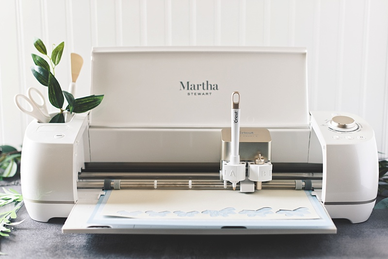 Cricut Explore Air 2 special wedding Martha Stewart edition for DIY wedding projects and crafts