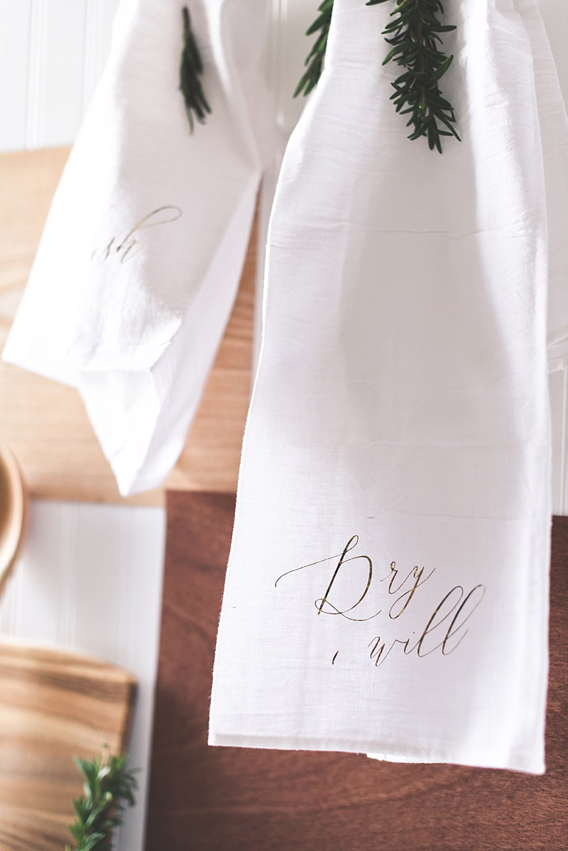 Beautiful easy DIY to make a kitchen inspired wedding gift for newlyweds using Cricut Explore Air 2 and Martha Stewart