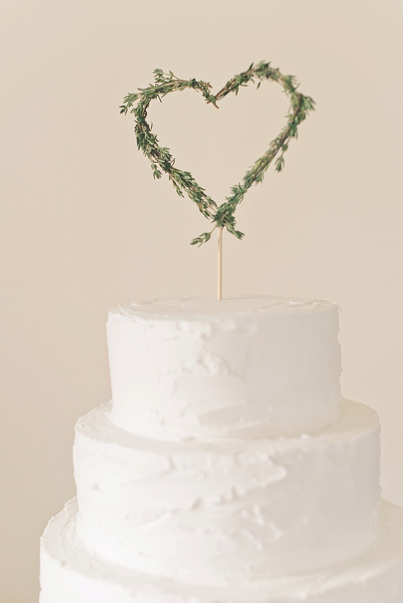 Easy DIY rustic wedding cake topper with herbs