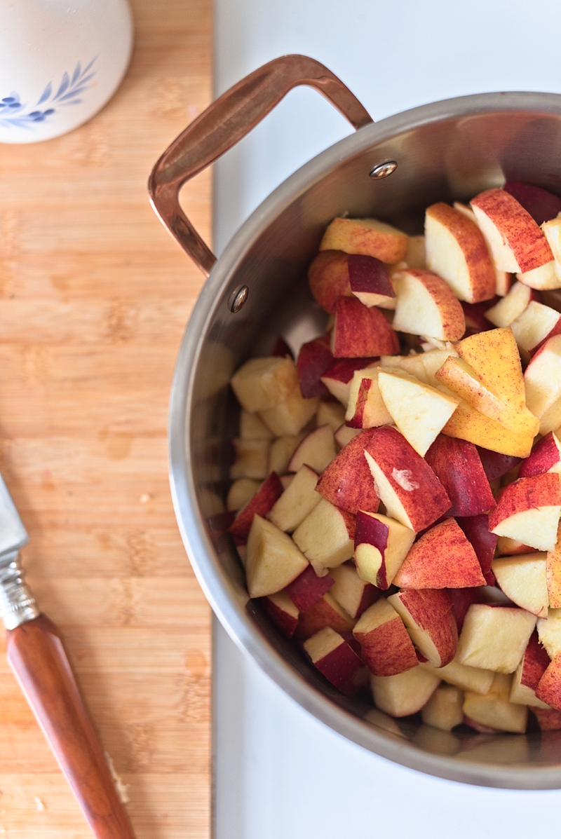 How to cook Gala apples for homemade applesauce