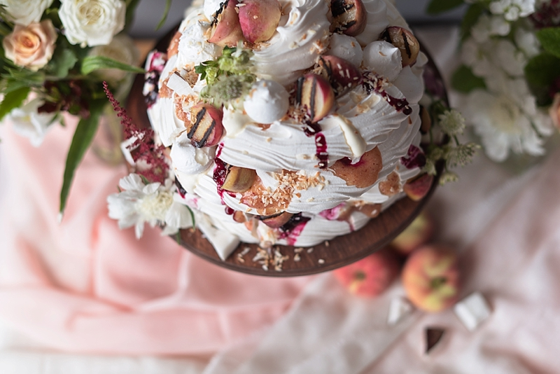 Best recipe tips for a pavlova meringue alternative wedding cake with grilled peaches and blueberries