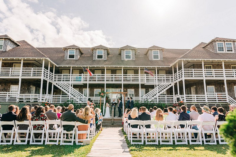 Outdoor beach wedding ceremony at the First Colony Inn in the Outer Banks