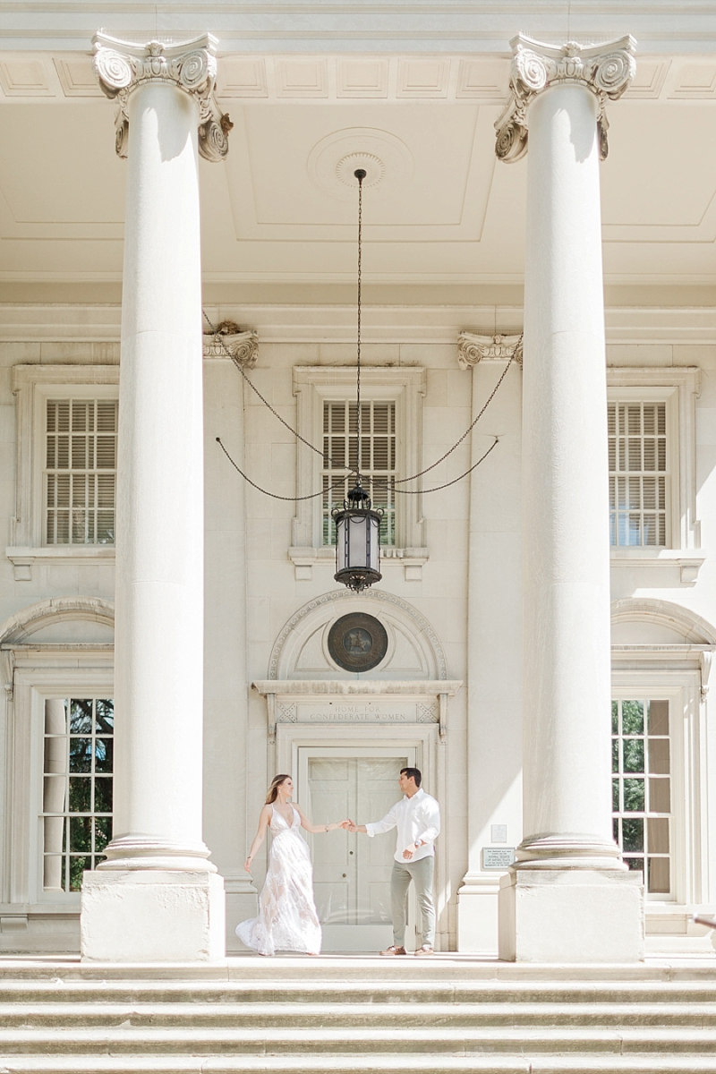 Classic engagement photos at the Virginia Museum of Fine Arts in Richmond Virginia