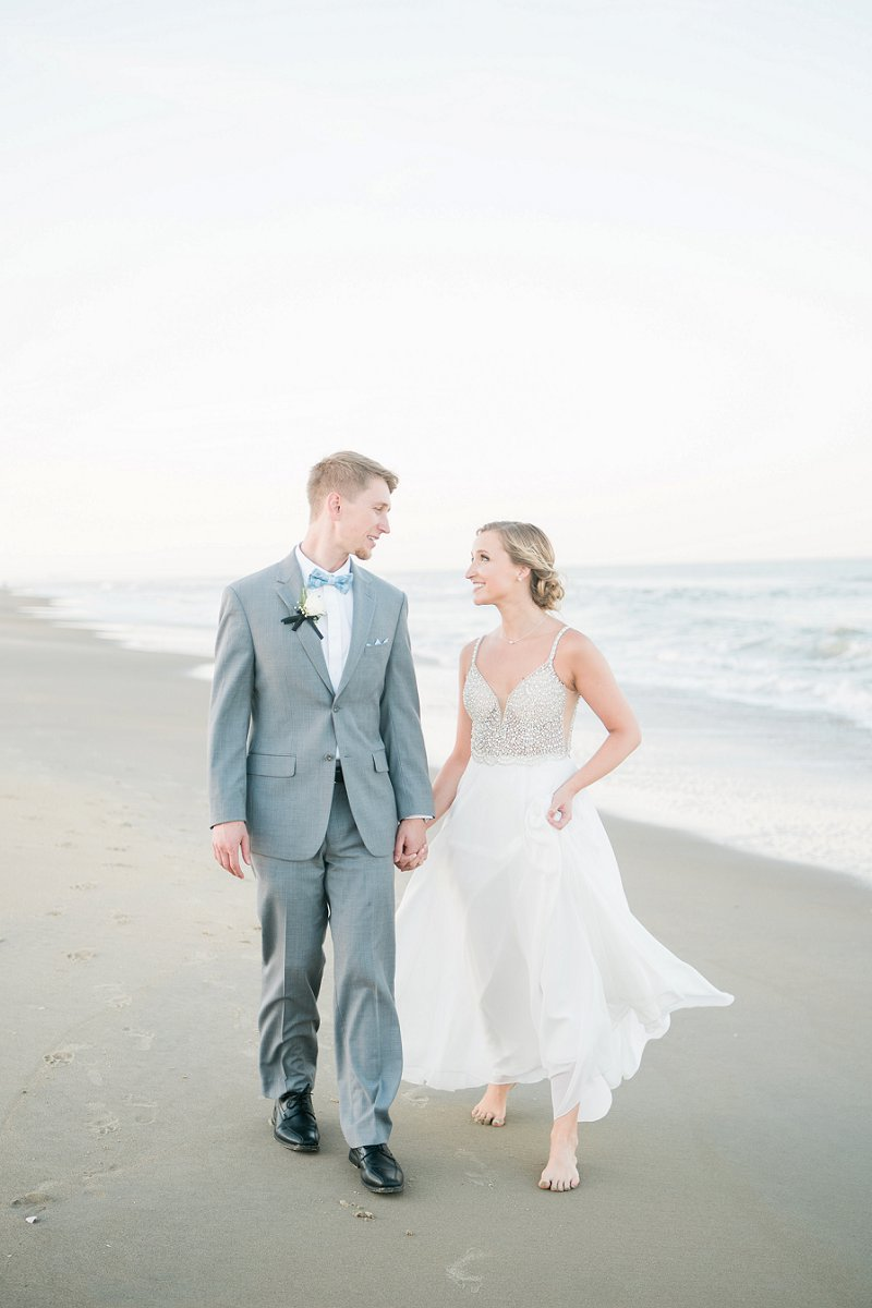 Beautifully classic Virginia Beach wedding on a sunny day