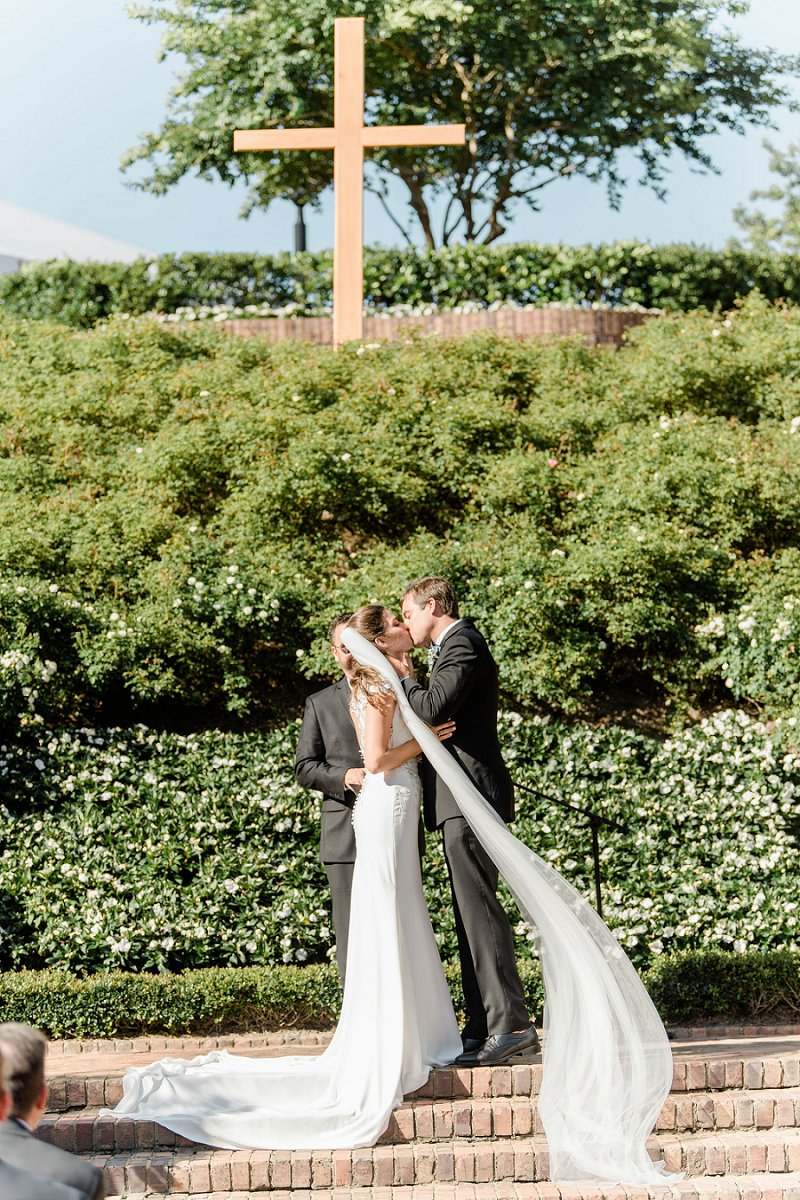 Sweet outdoor wedding ceremony at Cavalier Hotel in Virginia Beach Virginia