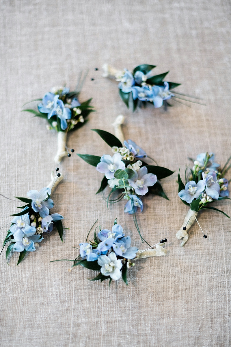 Blue floral wedding boutonnieres for classic and timeless Virginia Beach wedding at Cavalier Hotel