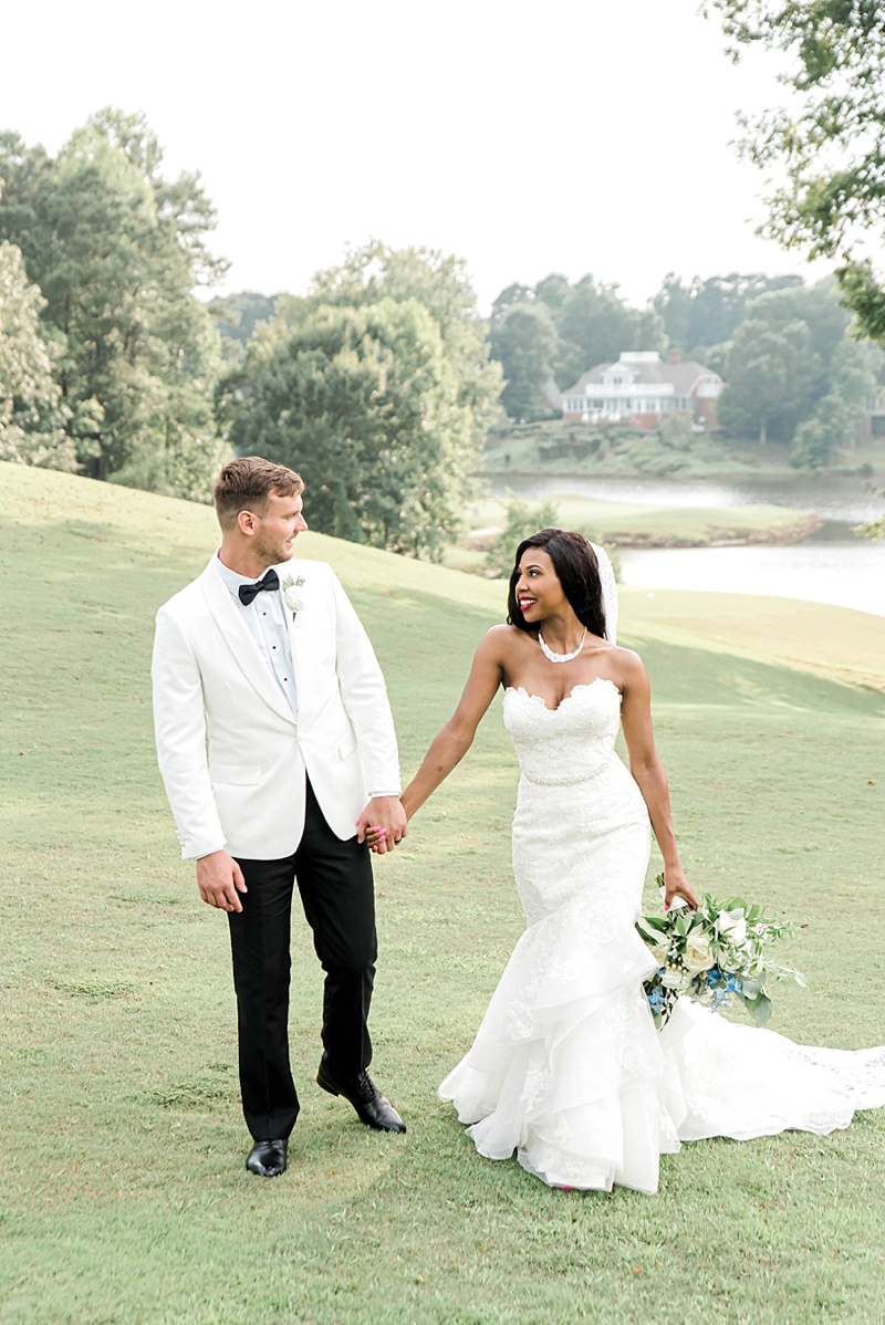 Timeless wedding style for Fords Colony Country Club wedding in Williamsburg Virginia